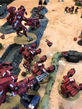 Mykah's Tau gunline; A truly scary sight. Well painted, I didn't mind getting my butt kicked by them.